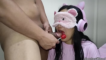 My Niece is Addicted to Lollipops and I Trick Her to Put My Cock in Her Mouth - The Day I Take Advantage of My Niece's Weakness