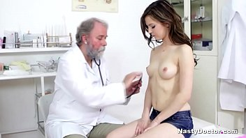 Super cute brunette sucked her doctor's penis after he or she fingered her beaver.