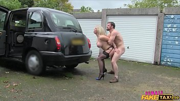 FUCKING IN A TAXI