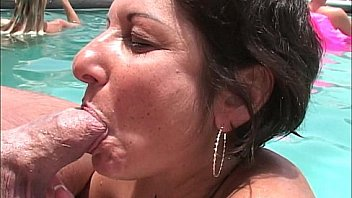 MILFs and cougars give out poolside BJs at swing hotel
