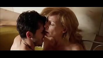 La actriz española Elisa Matilla sin ropa y teniendo sexo en esta pelicula española