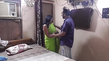 Having sex with Desi sexy Bhabhi.. She is very hot and sexy